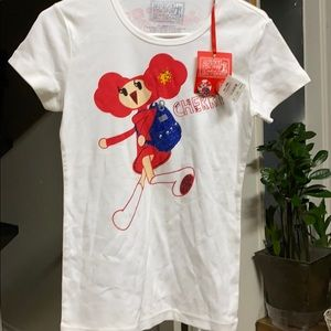 POPPY - CHERRY COACH TSHIRT